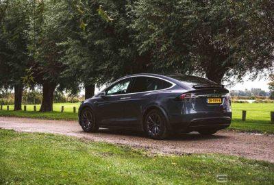 Deutsche Behörden fordern Rückruf von Tesla Model X.